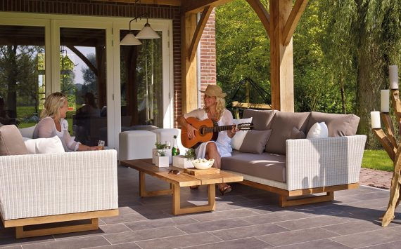 Tips to Get Your Patio Furniture Ready for Spring